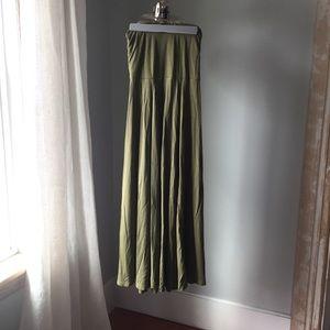 Gap pretty long skirt